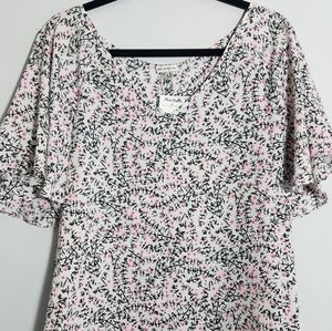Gorgeous Sioni BW pink flutter sleeve top, XL